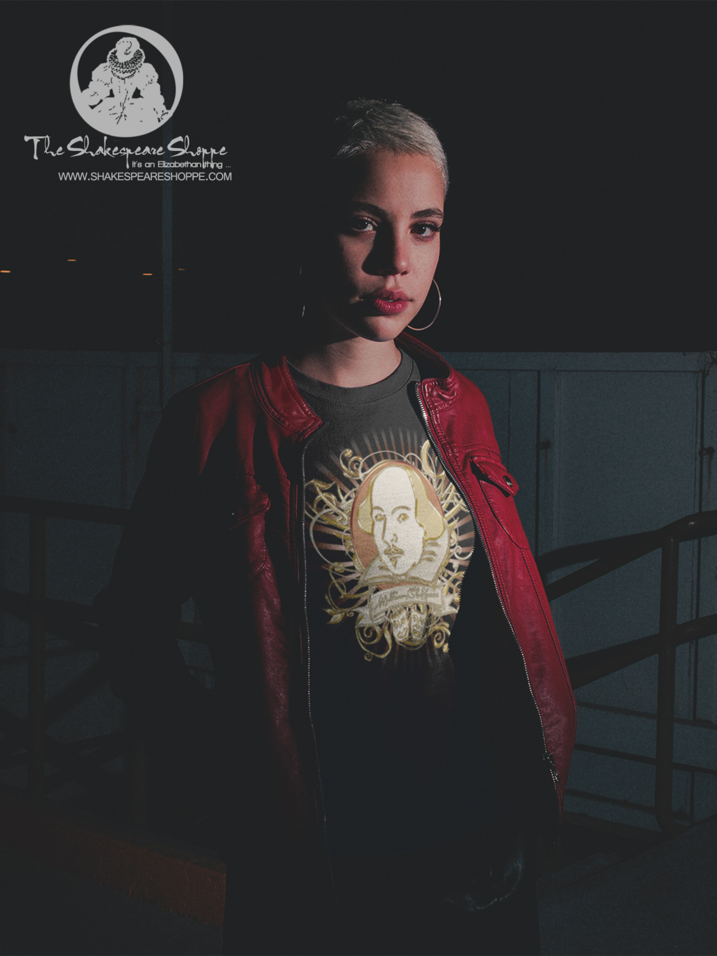 Focus On: Shakespeare Gold Portrait Unisex T-Shirt #Shakespeare #tshirt